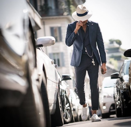 uomo, personal stylist, personal shopper, consulente d'immagine, Artist Image Management, cappello,  made in italy, stile
