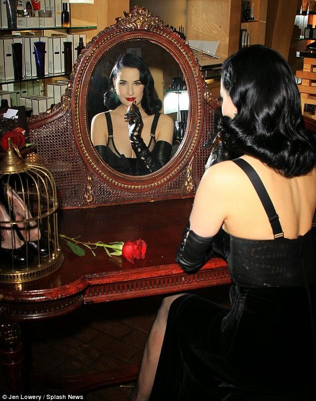 lingerie, biancheria intima, seduzione, personal shopper, personal stylist, consulente d'immagine, Silk Gift Milan, Milano